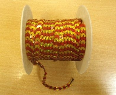 red/gold 6mm sequins